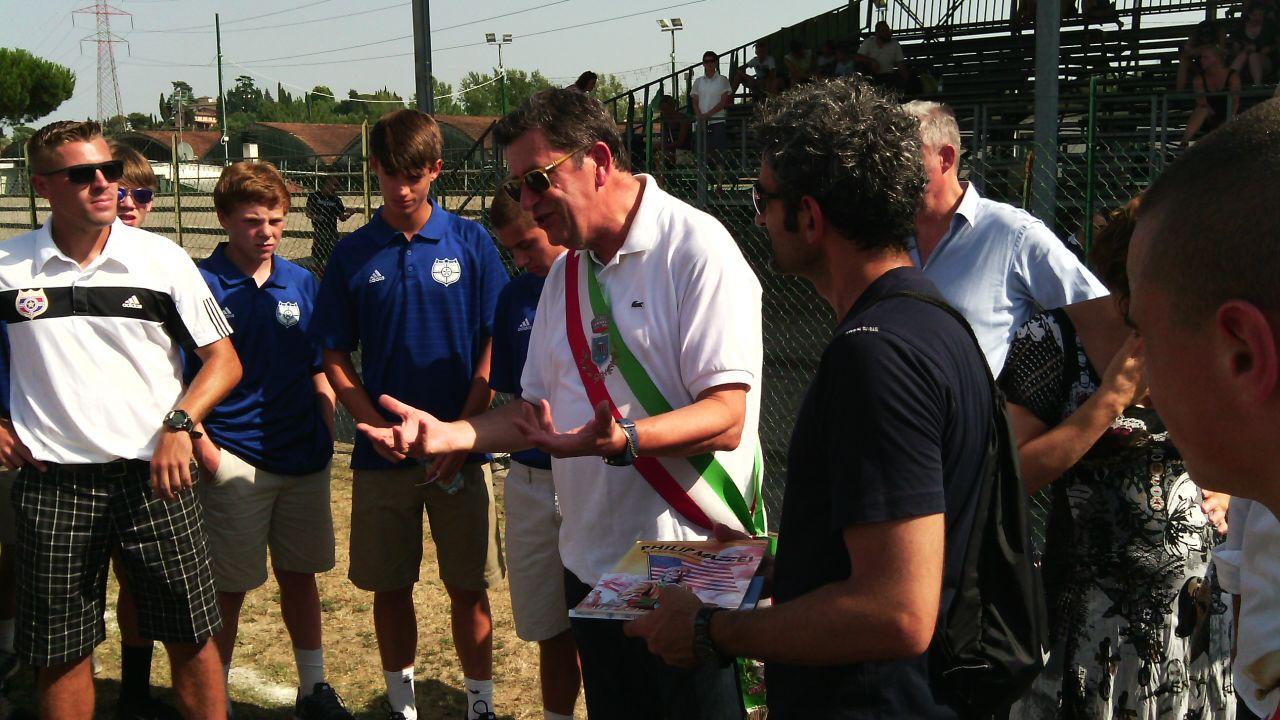 Il sindaco con gli atleti